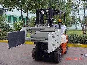 China Braçadeira eficiente da finalidade dos acessórios eficientes hidráulicos do caminhão de empilhadeira